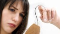 Kadınlarda Saç Dökülmesinin Nedenleri?