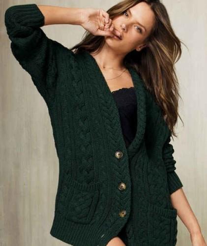 Вязание свитера по моде