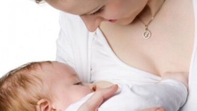 Emzirilen Bebeğin Ayrıca Süt İçmesi Gerekir mi?