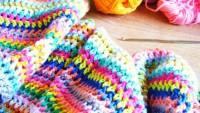 Tığ İşi Renkli Örgü Battaniyeler