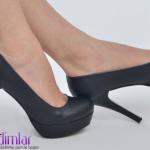 siyah ince topuklu yeni sezon bayan ayakkabısı